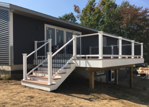grand rapids deck construction services.jpg